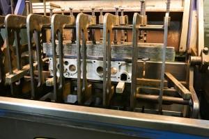 cylinder-head-in-pressure-testing-machine