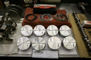 crankshaft-cam-pistons-all-engine-assembly-components