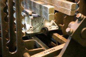 cylinder-head-in-pressure-testing-machine-end-view
