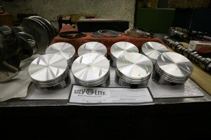 engine-pistons-and-related-engine-parts