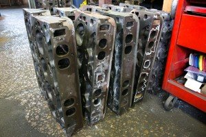 gas-engine-cylinder-head-castings-after-inspection